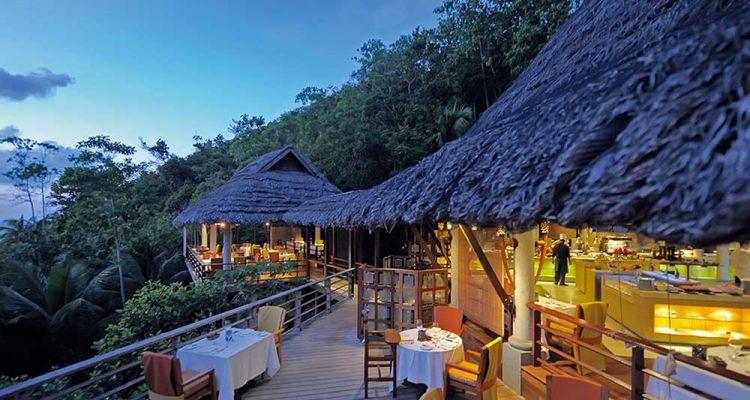 Absolute Guide to Praslin Seychelles